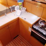 Jeanneau 36i 2011 galley