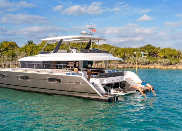 power cat charter Ultra
